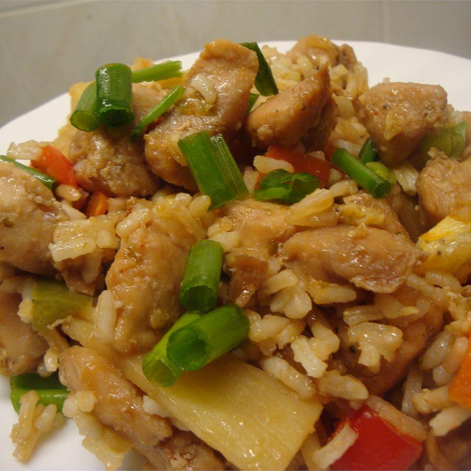 Κινέζικο κοτόπουλο με τηγανητό ρύζι