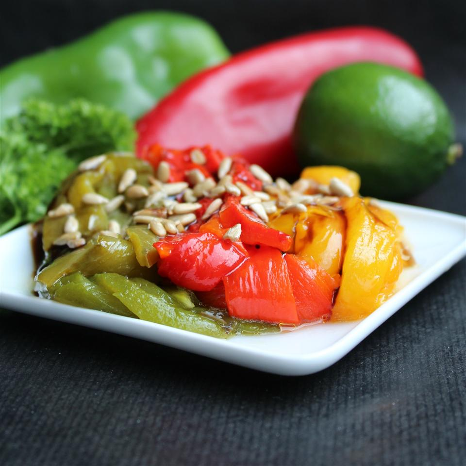 Ψητές πιπεριές με ηλιόσπορους